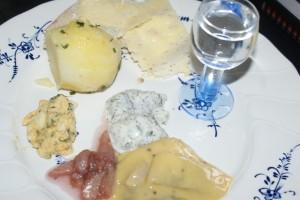 Silltallrik, plate with herring, sillilautanen