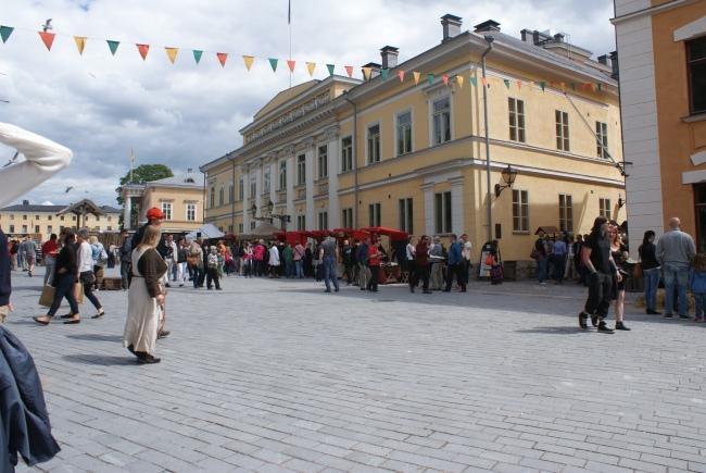 BildMedeltidsveckan på gamla stortorget i Åbo. Medieval week on the old market square in Turku. Keskiajan viikot vanhalla Suurtorilla.