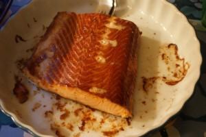 Varmrökt lax, hot smoked salmon, lämminsavustettu lohi