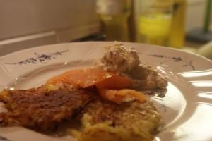 Råraka, potato pancake, raakapaistettu perunalätty