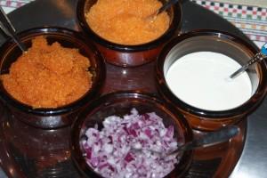 Löj och sikrom, rödlök, gräddfil. Bleak and lavaret roe, red onion, sour cream. Muikun ja siianmätiä, punasipulia, kermaviiliä.