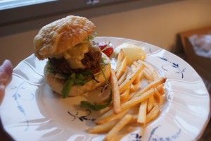 Egengjorda hambrugare, home made burgers, itsetehty hampurilainen