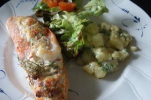 Lax & dillstuvad potatis, salmon & dill potatoes, lohta ja tilliperunoita