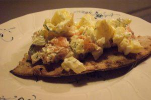 Laxmacka, salmon on crisp bread, lohileipä